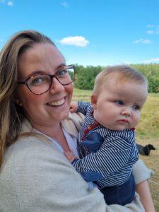 Julia och hennes son